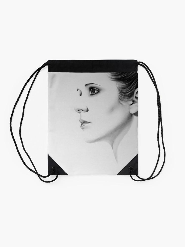 750x1000 Carrie Fisher Minimal Portrait Drawstring Bag