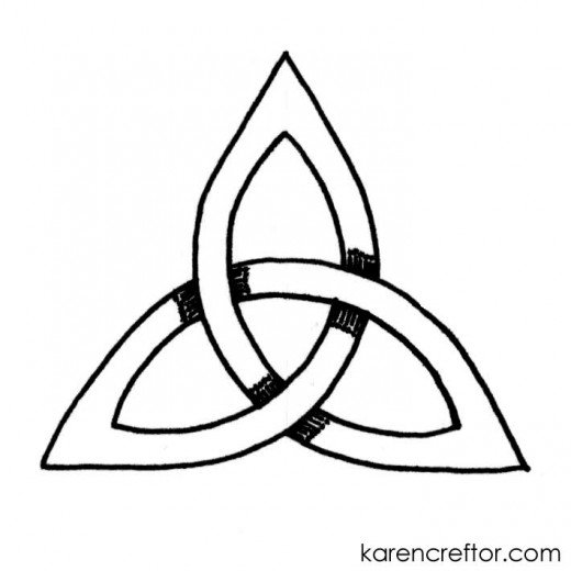 520x520 How To Draw A Triquetra With Steps And A Compass Feltmagnet