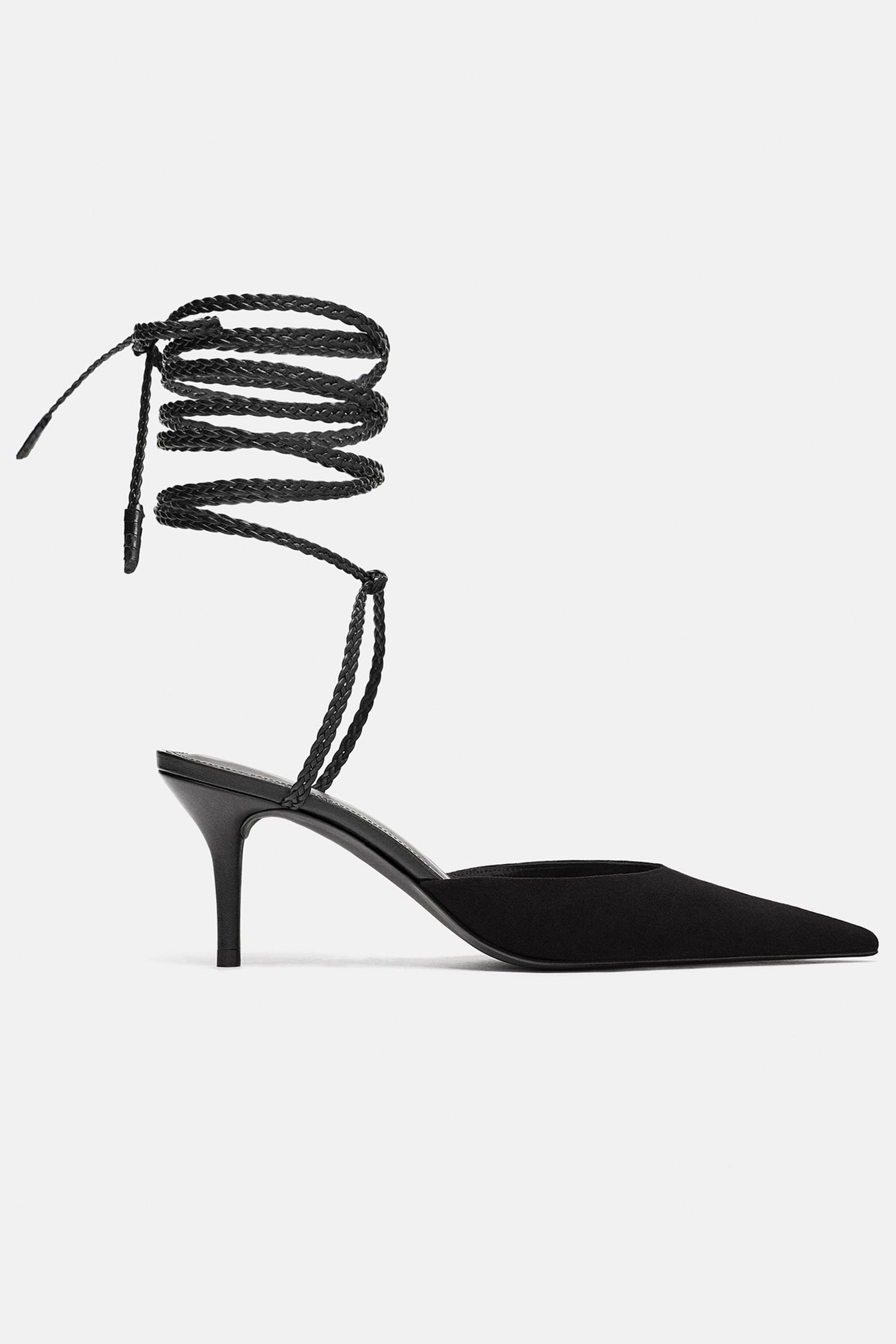 2000x3000 The Best Christmas Party Shoes For Christmas Party Shoe Trends
