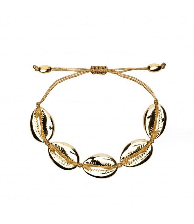 650x750 Gold Renae Shell Bracelet