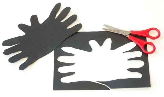 690x406 Handprint Bats Bats Drawing