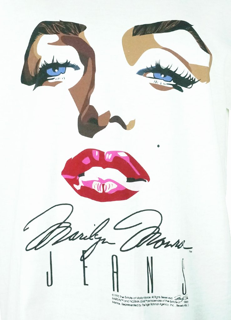 Marilyn Monroe Lips Drawing