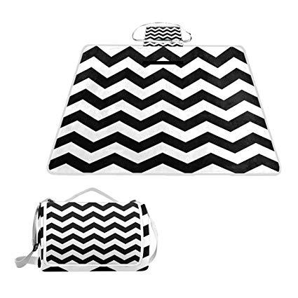 425x425 Mapolo Black White Chevron Picnic Blanket Waterproof