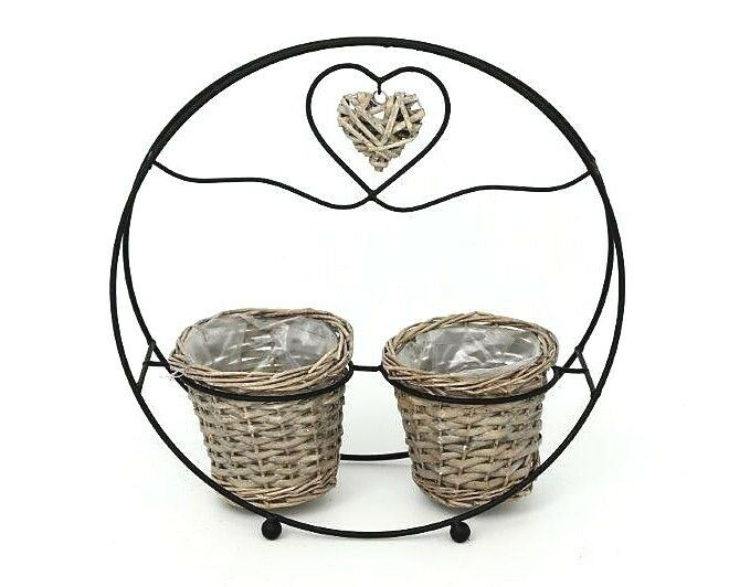 660x532 Round Willow Twin Plant Stand
