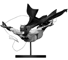 220x194 Batman Black And White Black Mirror Statue