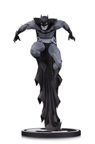 192x291 Batman Black Amp White Batman By Jonathan Matthews Statue Dc