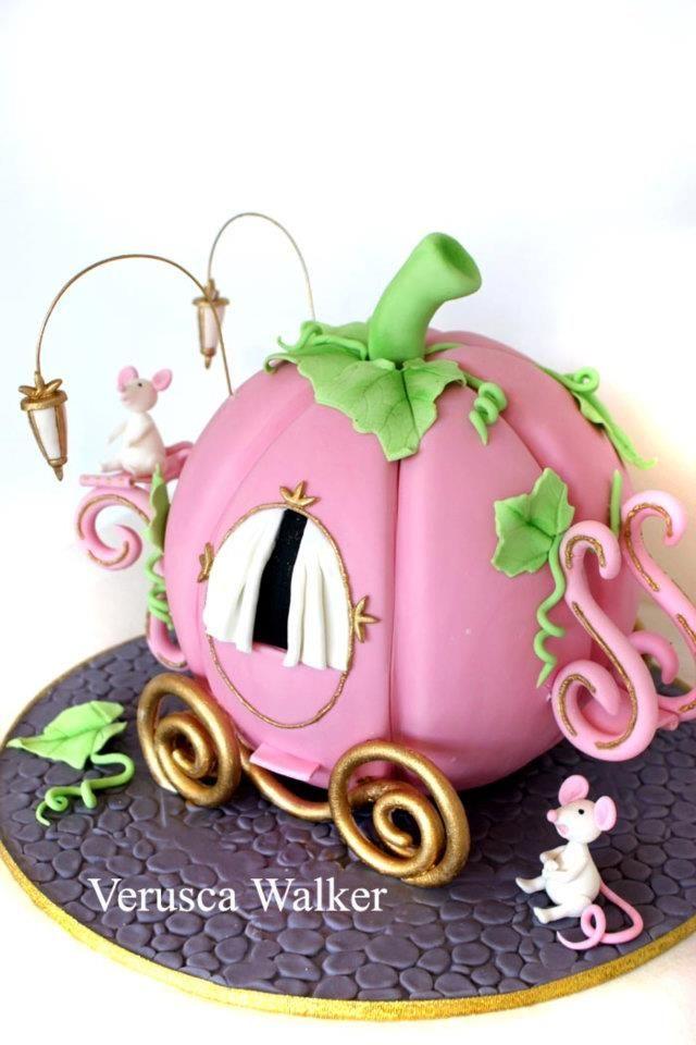 640x960 Pumpkin Birthday Cake Clipart