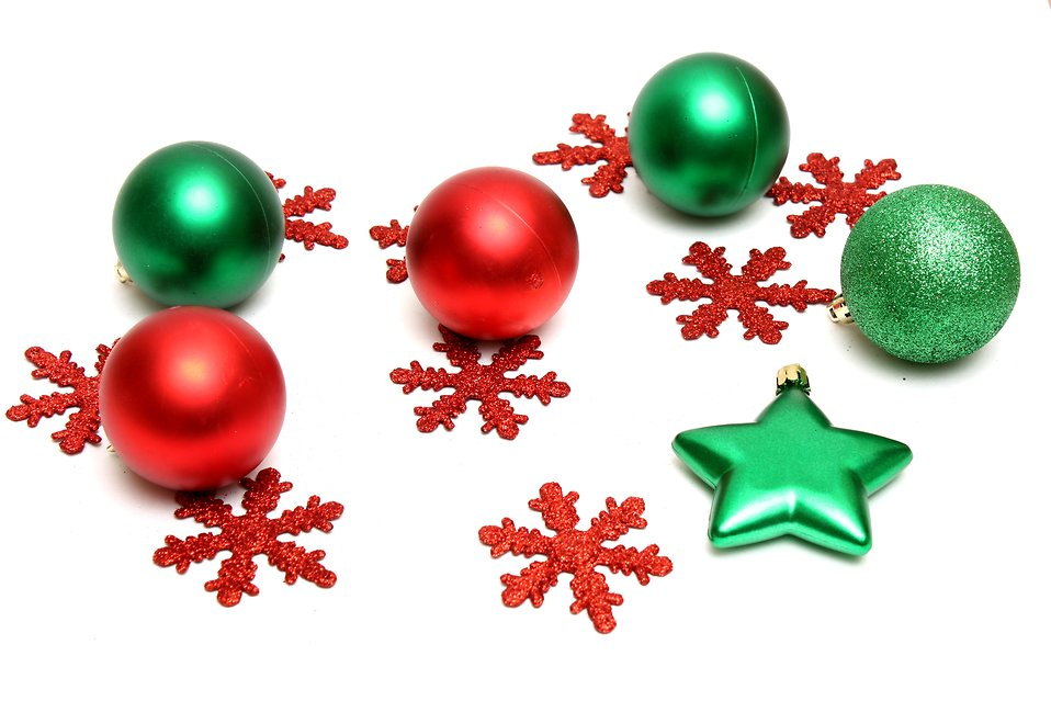 958x639 Red And Green Christmas Ornaments Clipart