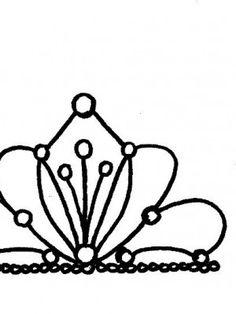 236x314 Drawn Crown Cake