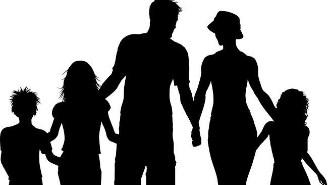 650x366 Family Of 5 Clipart