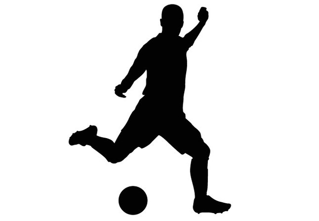 646x448 Soccer Players Clipart