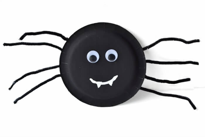 700x467 13 Spider Halloween Crafts For Toddlers