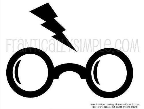 500x379 How To Freezer Paper Stencil (Harry Potter T Shirt) Heidi Schulz