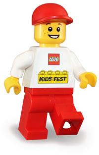 200x313 Boy Playing Legos Clipart