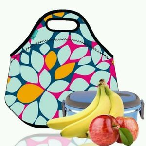 300x300 10 Best Lunch Boxes For Work, School, Or Travel
