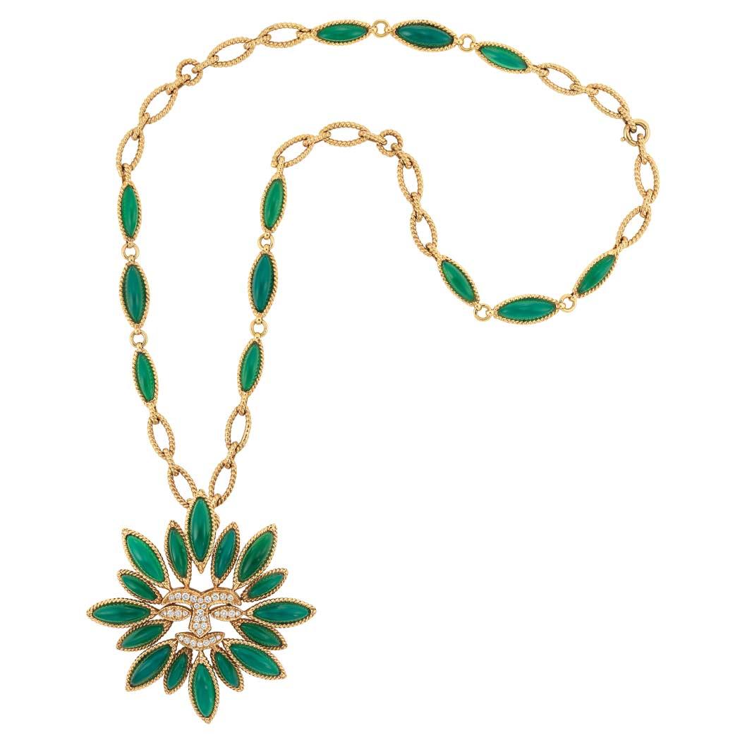 1049x1049 Necklace Clipart