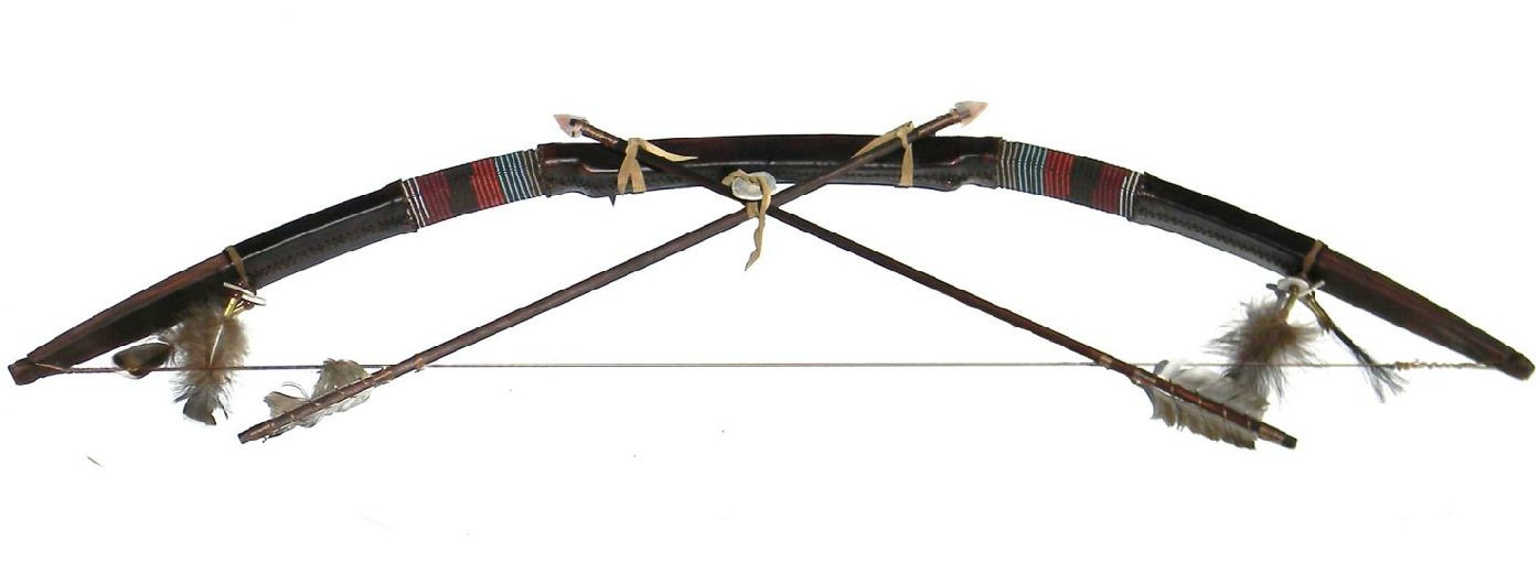 1395x521 Native American Reproduction Bow And Arrow