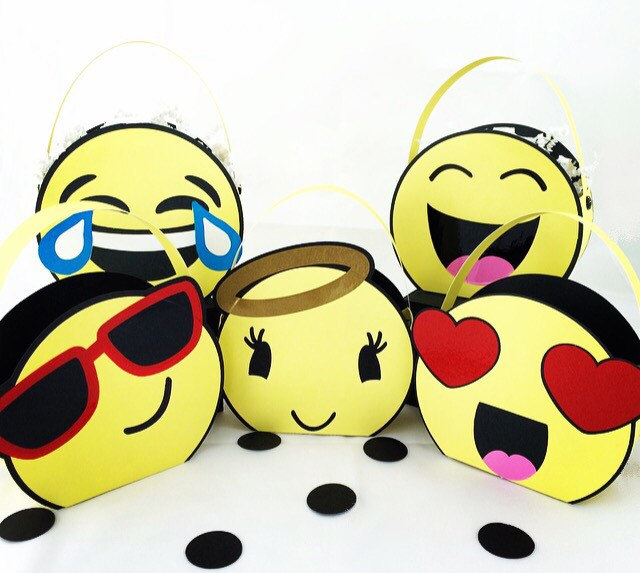 640x573 Emoji Partyemoji Party Bagsemoji Goody Treat