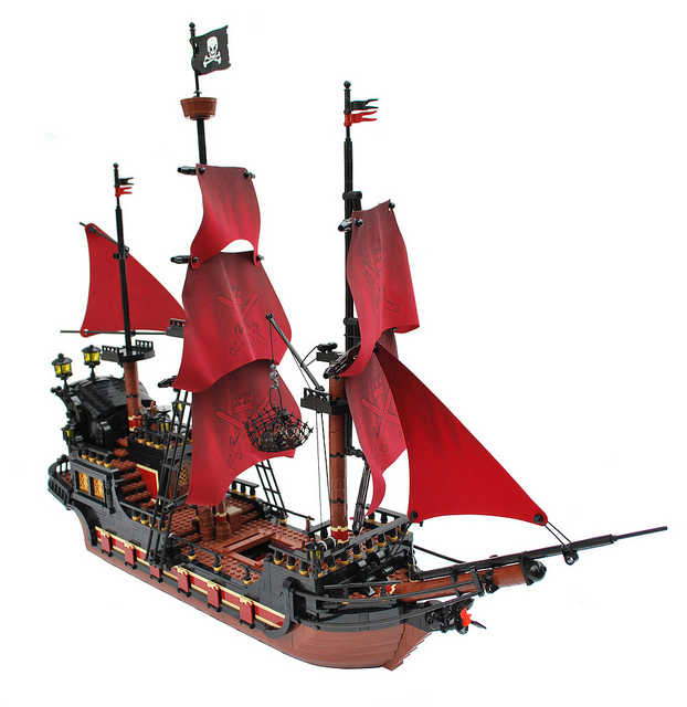 622x640 Lego Pirate Ship Moc