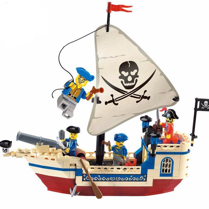 800x800 Minifigure Ships Tagged Pirates