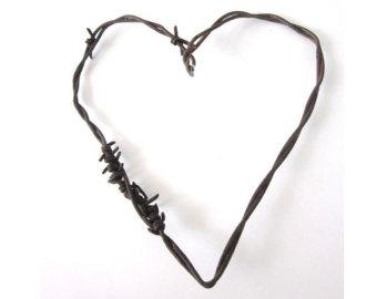 340x270 Rustic Heart Clipart