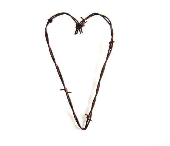 570x489 Rustic Heart Clipart