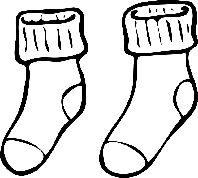 640x575 Sock Clipart Outline