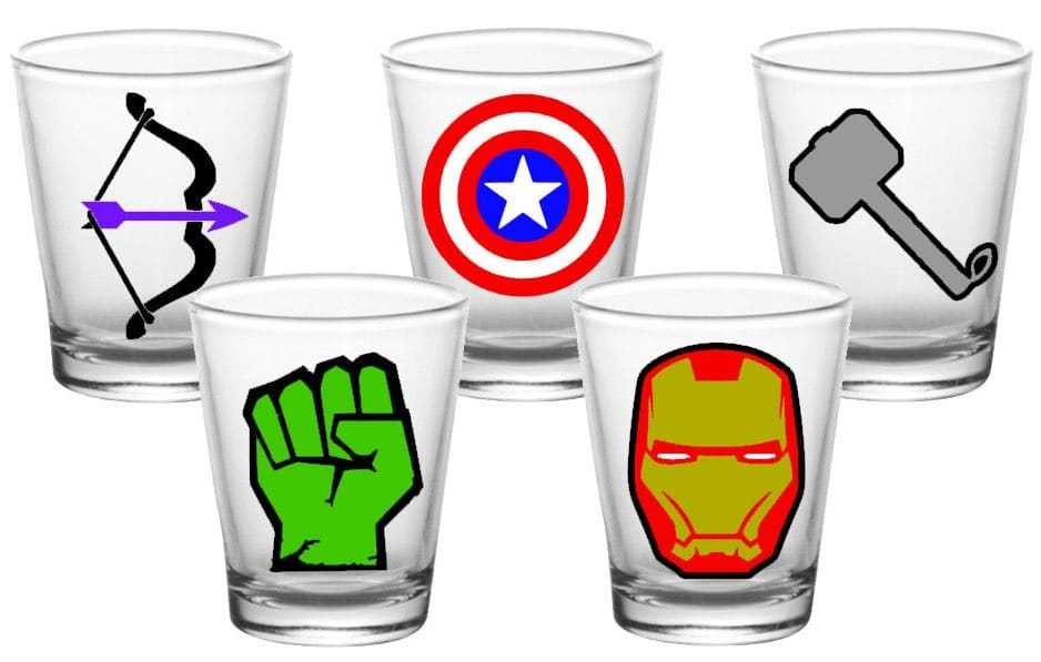 938x597 25 Geeky Flasks And Shot Glasses For The Nerdy Boozer In Your Life