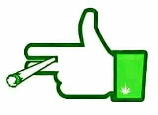 320x234 The Best Thumbs Up Smiley Ideas Smileys, Smiley