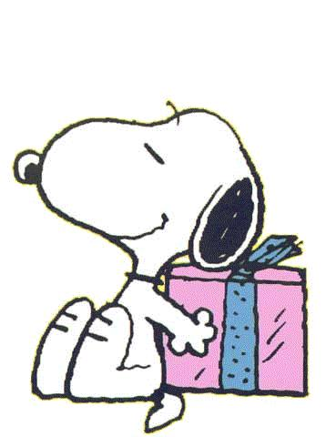 358x480 Snoopy And Gift Clip Art
