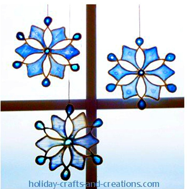 600x608 12 Beautiful Snowflake Craft Ideas
