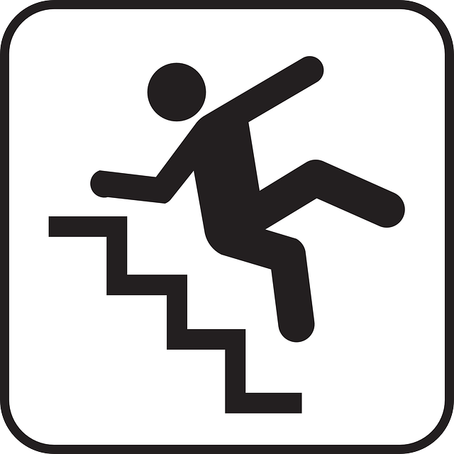 640x640 Going Down Stairs Clipart