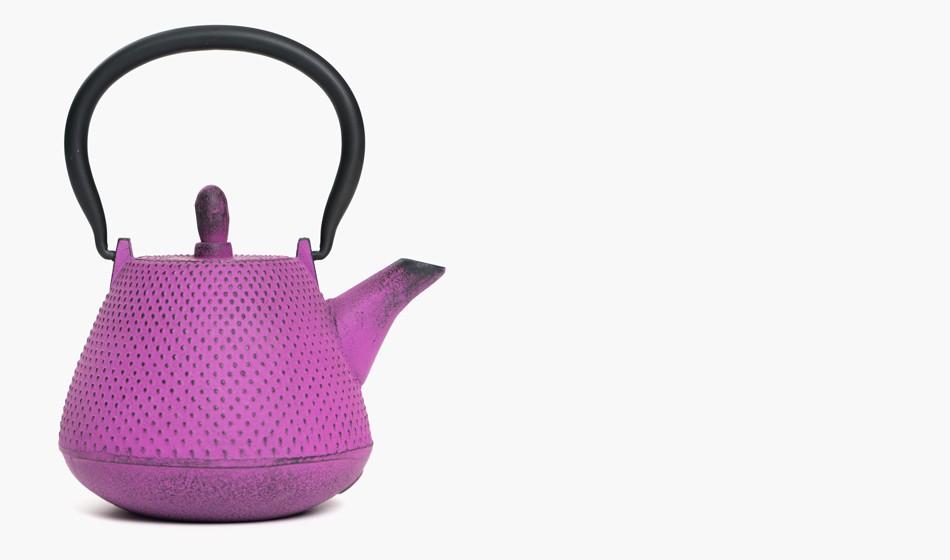 950x560 Iron Teapot