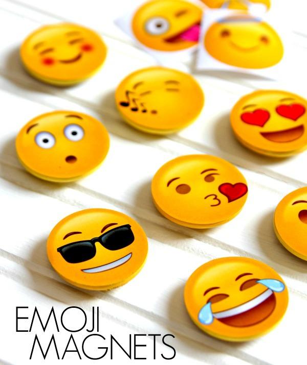 600x715 Fun And Easy Emoji Magnets