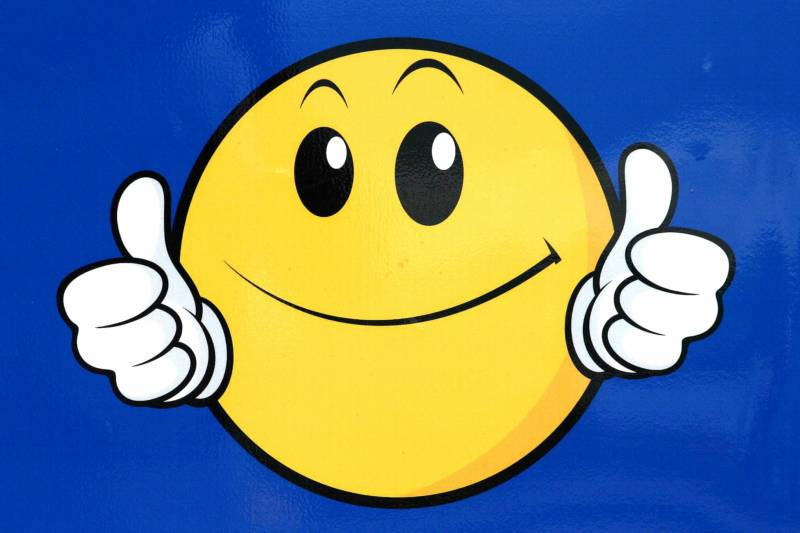 800x533 Smiley Face With Mustache And Thumbs Up