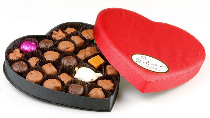 728x409 Valentine ~ White Chocolate Valentine Candy Big Box Of Valentines