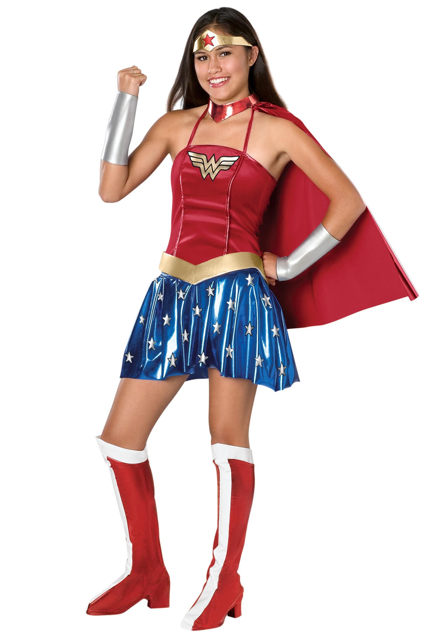 1750x2500 Wonder Woman Costumes